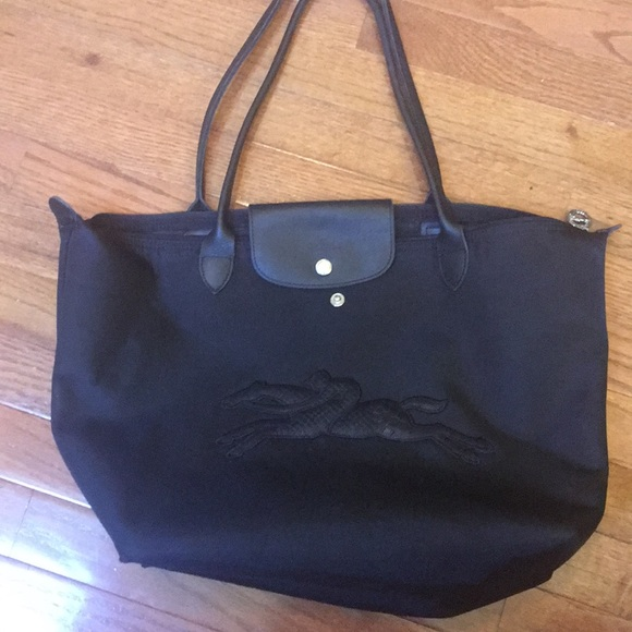Longchamp Bags   Plantes Tote Special Edition   Poshmark af1ae9aa4e